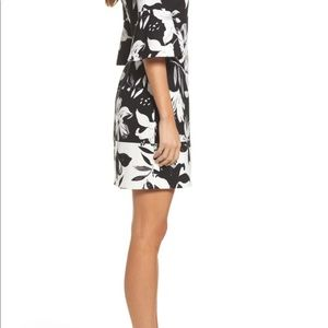 NWT Vince Camuto Flare Sleeve Shift Dress Size 6